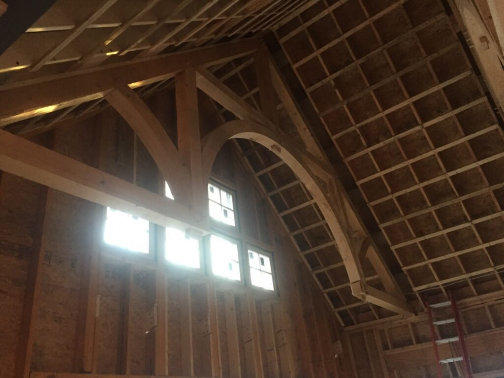 Accent-Addition-for-Home-in-NY-702D-Hammerbeam-Truss