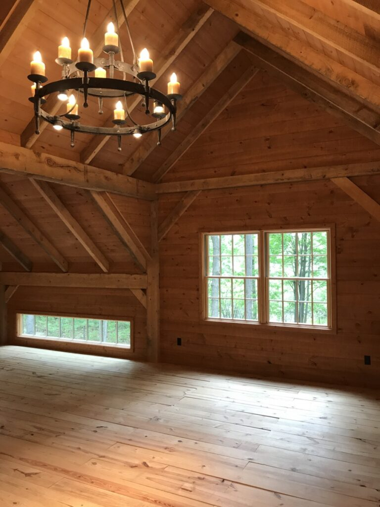 Broken-Back-Saltbox-36×36-in-MI-414D-Guest-House-Loft-Interior