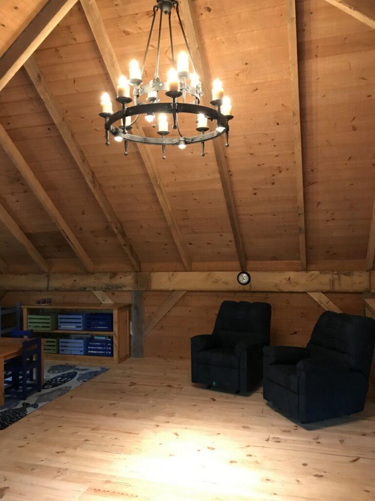 Broken-Back-Saltbox-36×36-in-MI-414E-Guest-House-Loft-Interior
