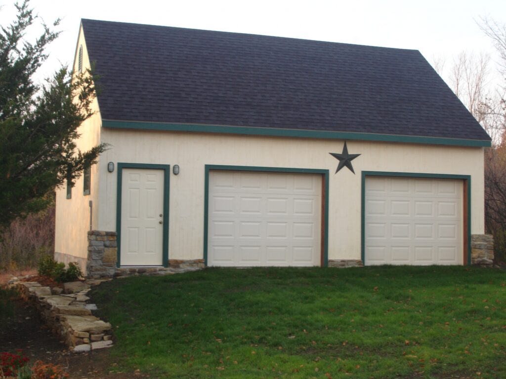 Carriage-House-Saltbox-24×30-in-KS-502A-Garage