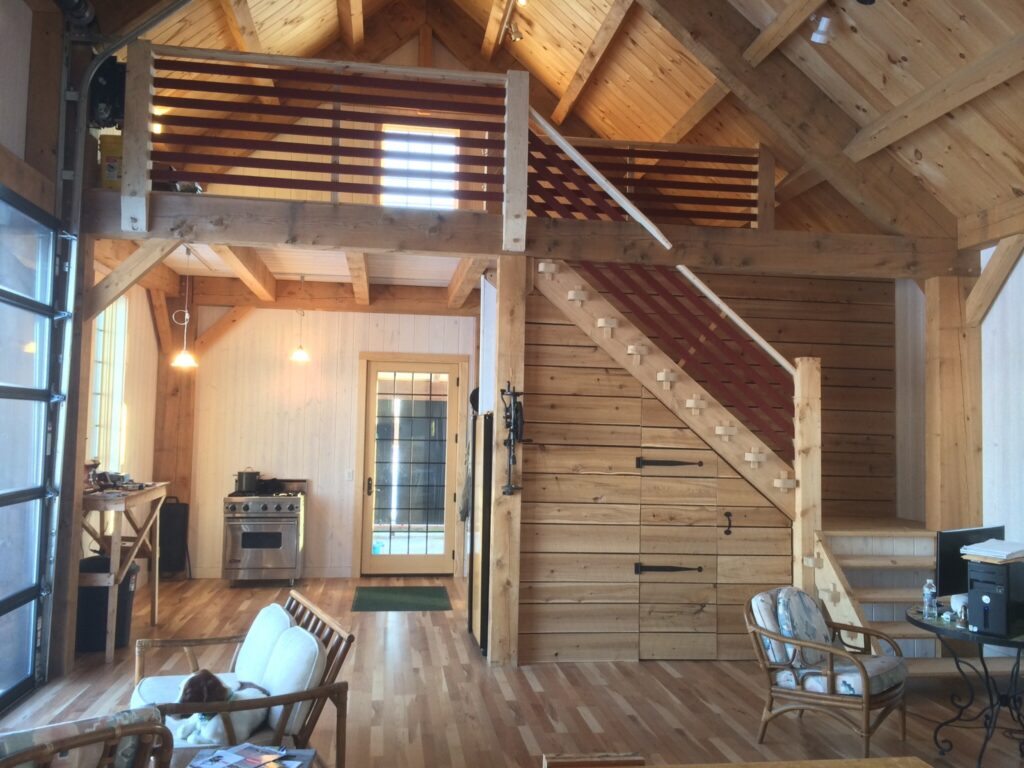 Carriage-House-Saltbox-24×48-in-WI-503C-Home-Interior