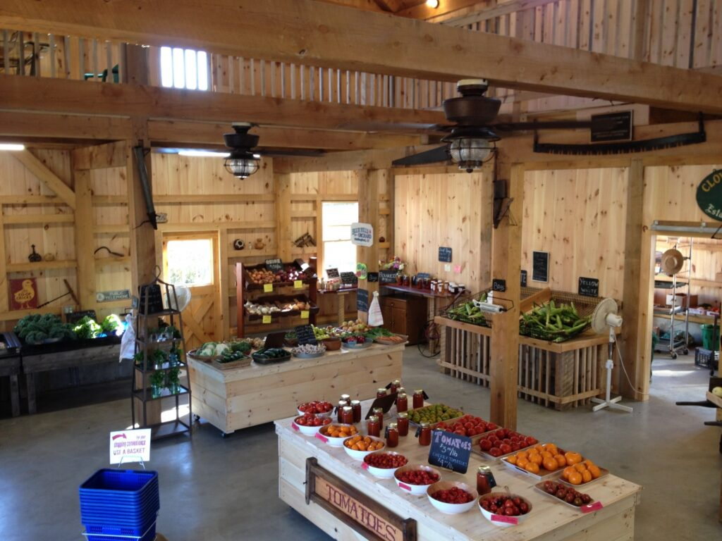 Carriage-House-Saltbox-40×40-in-CT-504C-Farm-Stand-Agricultural-Farm-Interior