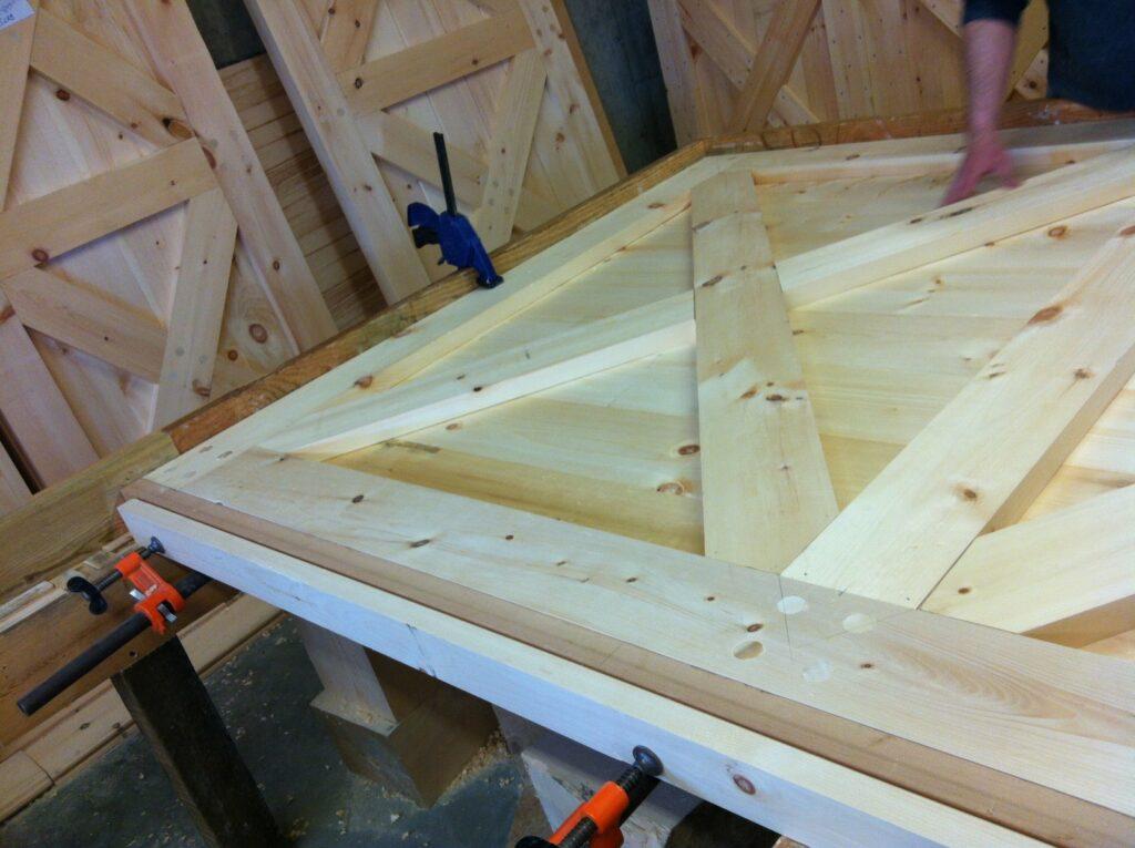 Detail-Crossbuck-Door-Under-Construction-2