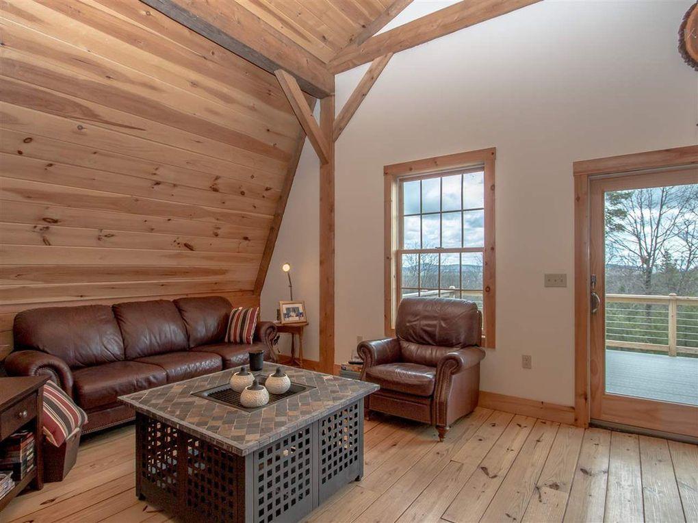 Gambrel-32×64-in-NH-204R-Home-Loft-Interior