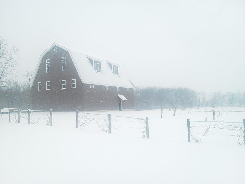 Gambrel-40×56-Barn-in-MI-206C-Home-Garage