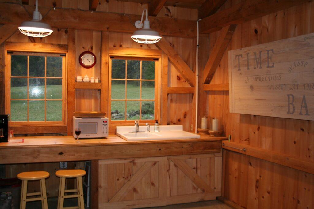 Monitor-40×36-in-TN-300D-Home-Loft-Interior